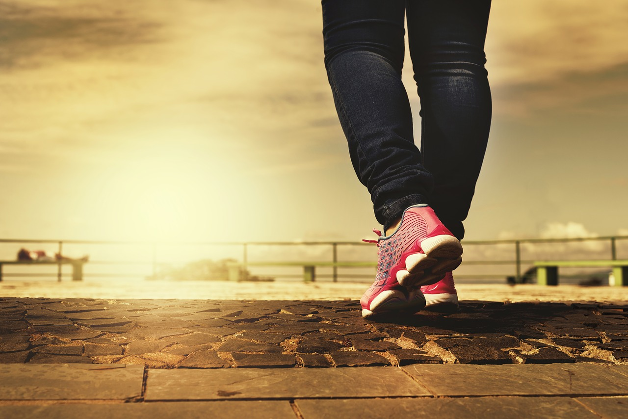 Marche à Pied : Top 5 Des Raisons De La Pratiquer